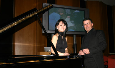 Pianistin Eiko Yamashita und Fotograf Sina Vodjani