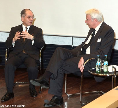Dr. Takahiro Shinyo und Dr. Carl Graf von Hohenthal